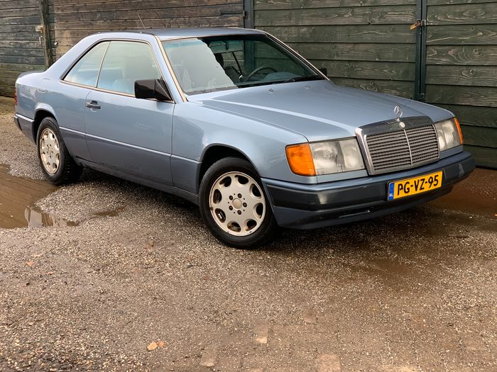 Mercedes-Benz - 300CE COUPE W124 - 1989