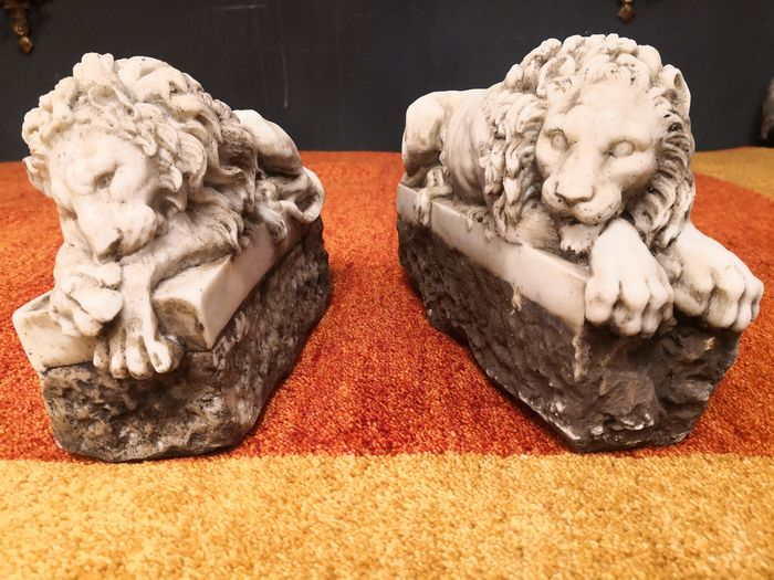 """the """"sleeper"""" and the """"watchman"""" (2) - Composite, Sugar marble - Recent"""