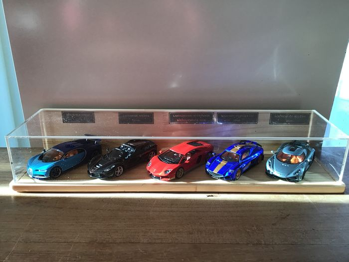 IXO - 1:43 - 2016 Supercar Collection in Wooden High End Box with Acryl Cover