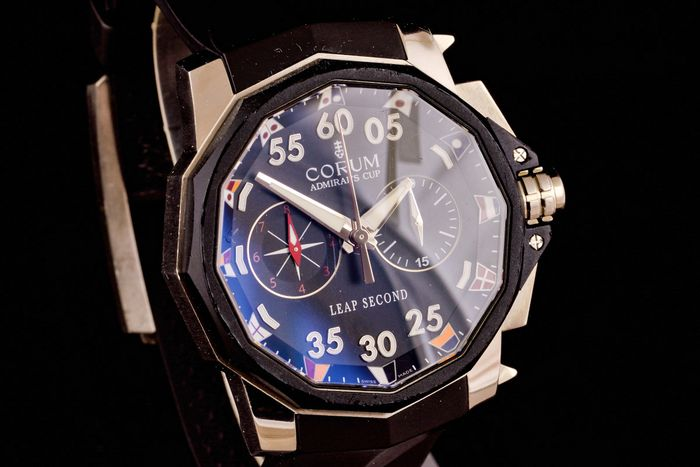 Corum - Admirals Cup Chronograph Leap Second - Limited Edition - 01.0034 - Herren - 2000-2010