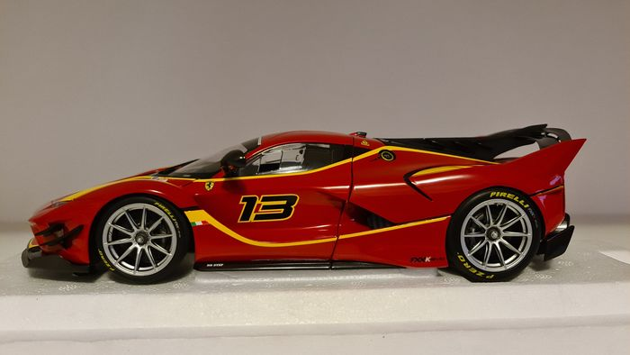 BBR - 1:18 - Ferrari FXXK Evo Rosso Corsa Nr 13 - The model îs new,it was only opened for pictures