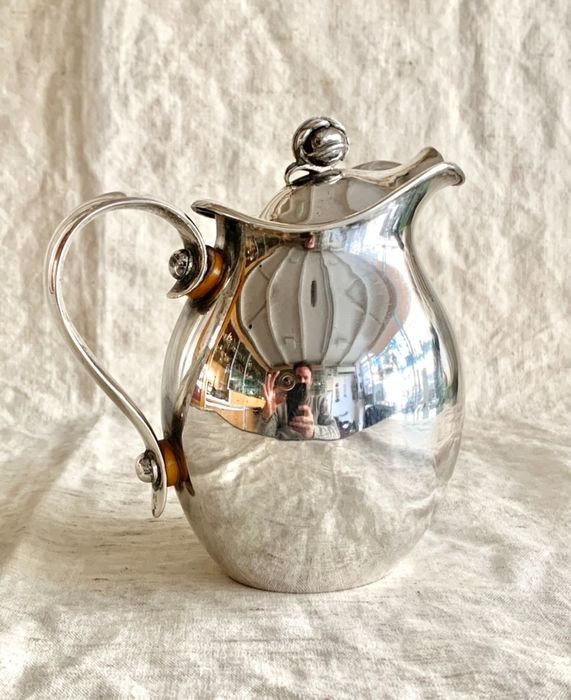 A magnificent pitcher / carafe / jug - massive - .830 silver - Gebruder Kuhn - Germany - Early 20th century