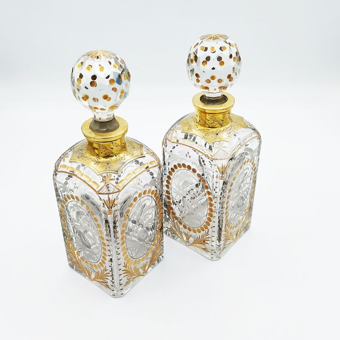 Pair of cut crystal and golden silver bottles - Crystal, Vermeil