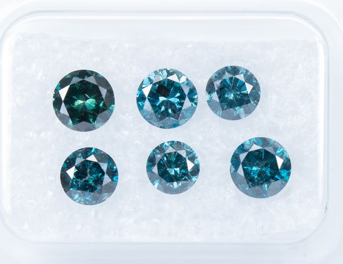 6 pcs Diamantes - 1.72 ct - Fancy DEEP Blue Color tratado - I1-I2   *NO RESERVE*