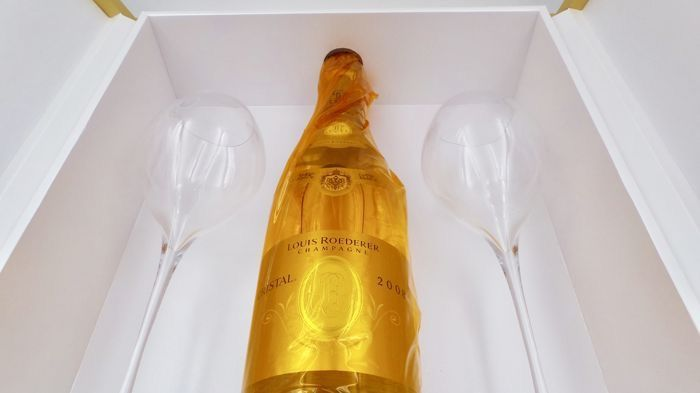 2008 Louis Roederer Cristal Box with two Glasses - Szampan - 1 Butelka (0,75 l)