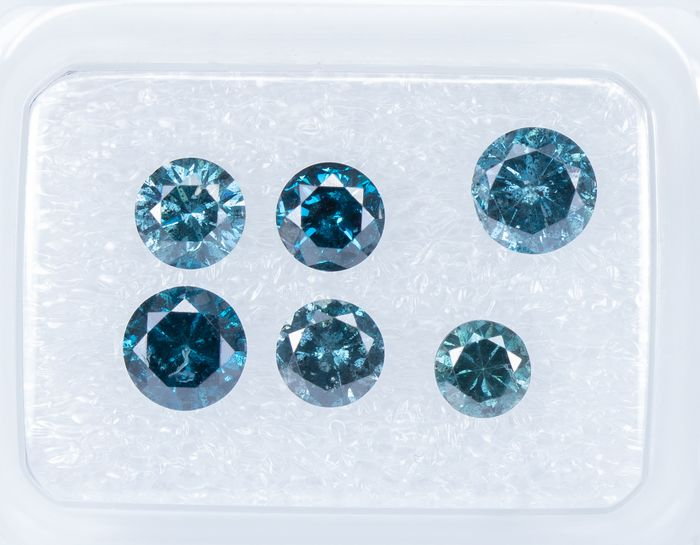 6 pcs Diamantes - 1.67 ct - Fancy DEEP Blue Color tratado - SI2-I2   *NO RESERVE*