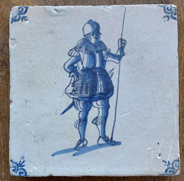Antique tile with a pikeman (1) - Earthenware