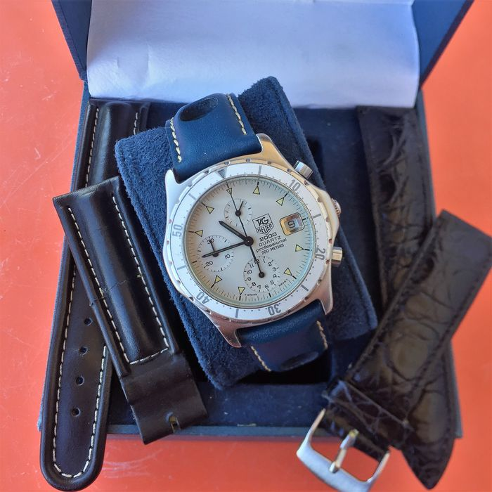 TAG Heuer - 2000 Professional Chronograph - Ref. 272.006/1 - Hombre - 1985