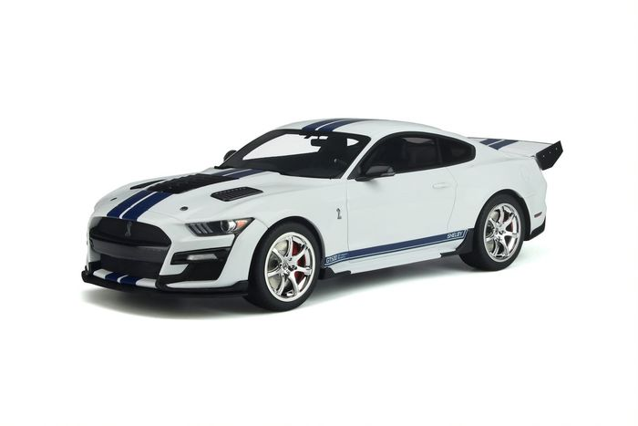 GT Spirit - 1:18 - Ford Mustang Shelby GT500 - Dragon Snake - Wit