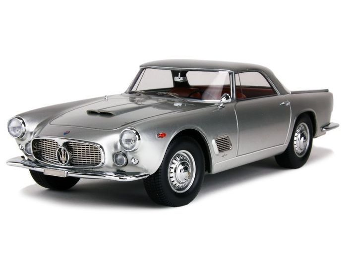 Neo Scale Models - 1:18 - Maserati 3500 GT Touring Superleggera 1957-1964 Zilver-metallic