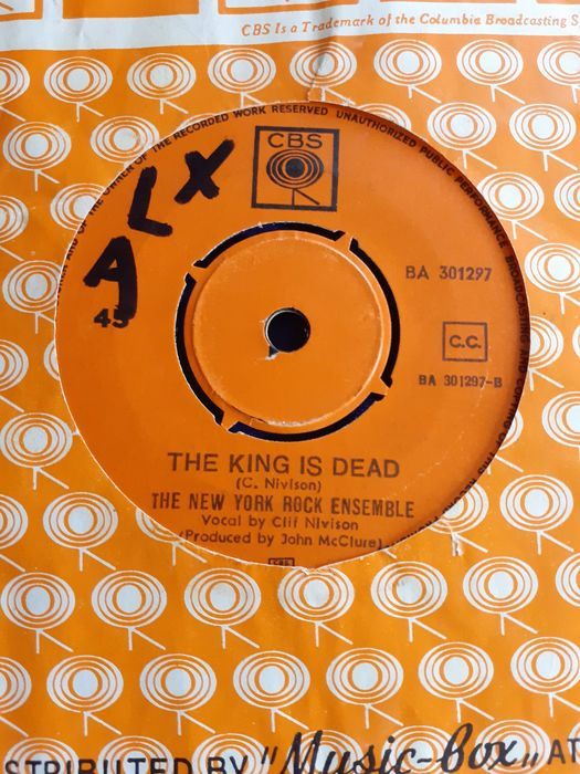 The New York Rock Ensemble - The King Is Dead/‎Running Down The Highway - 45-toerenplaat (Single) - 1970/1970