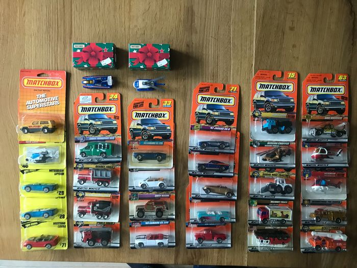 Matchbox - 1:64 - VW, Dodge, Chevy, Jaguar, Ford - 30x Various toy cars from the 1990s