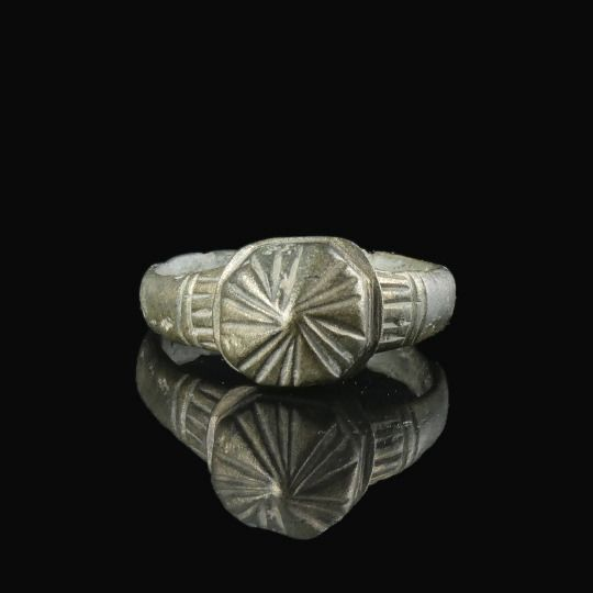 Byzantine Silver 'crowned' Ring - (1)
