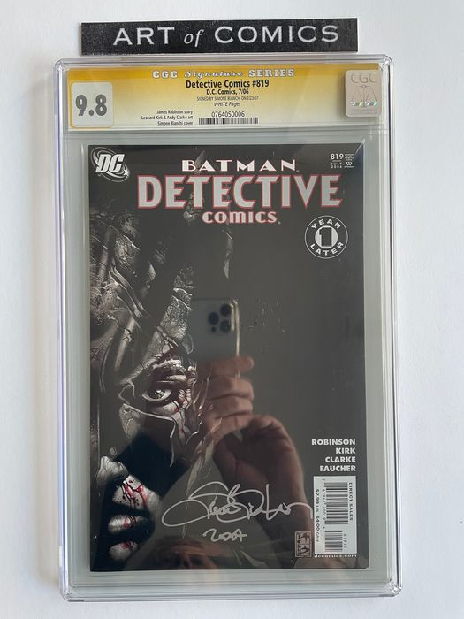 Detective Comics #819 - Signed & Dated By Simone Bianchi - CGC Graded 9.8!!! - Extremely High Grade!!! - White Pages!! - Softcover - Eerste druk - (2006)