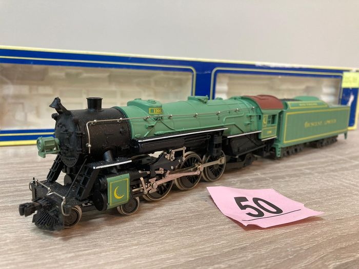 """AHM made by Rivarossi H0 - 5087-E - Steam locomotive with tender - Type """"CL"""" - 1396 - Southern Crescent Limited"""
