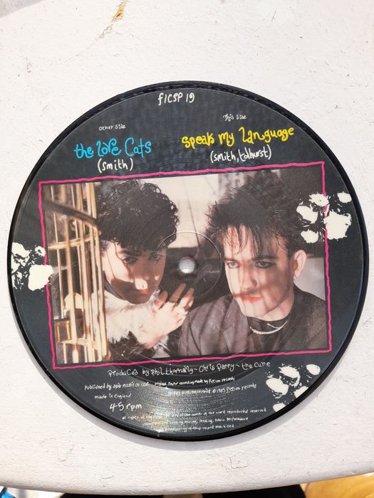 Cure - The Love Cats/ Speak My Language	 - 45 rpm Single, Picture Disk - 1983