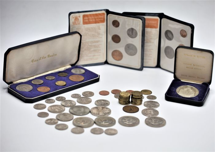 Groot-Brittannië, Ierland. Lot various coins most 20th century (77 pieces) incl. silver