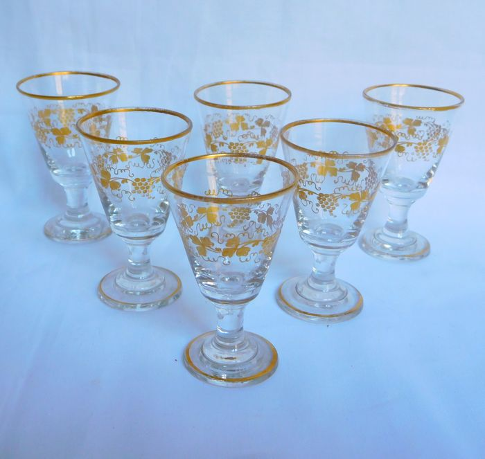 Baccarat - 6 liqueur glasses gilded with fine gold - Crystal
