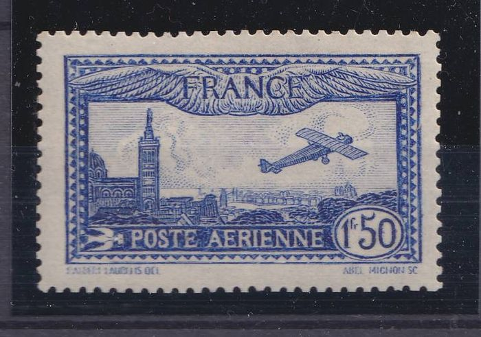 France 1930 - Aeroplane flying over Marseille, bright ultramarine, signed Calves. - Yvert 6b
