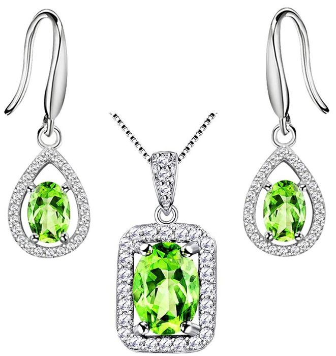 August Birthstone - 925 Solid Silver necklace with pendant and earrings set with 3 Green Peridot ct - 4.5 g