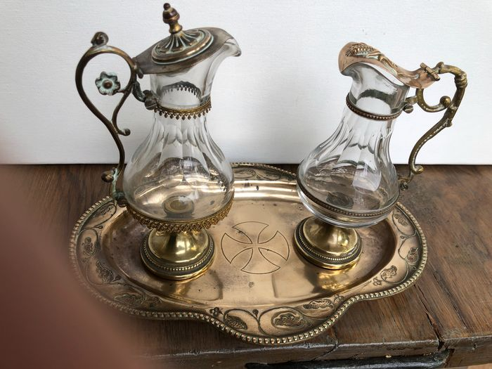 T.K. altar set of wine and water (3) - Gothic Style - Copper, Glass - Late 19th century