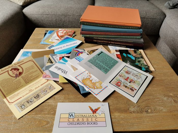 World 1979/1995 - Australian collections of 1986 - 1993 + 42 themed sets + first day of issue letters + unused Dutch