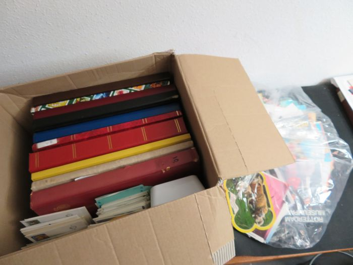 World - + 13 kilograms with albums, cards, envelopes and FDCs, sort-out batch