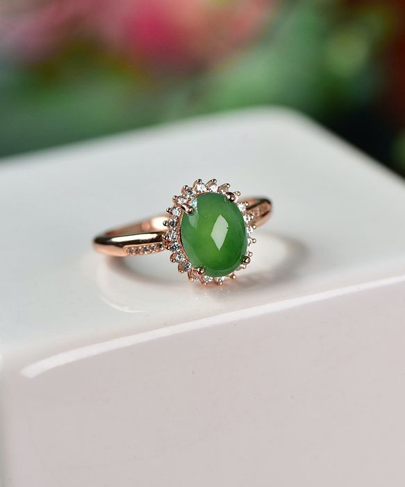 Natural Jadeite (Type A) - Ring - Silver - Certified - NO RESERVE PRICE - 2.77 g