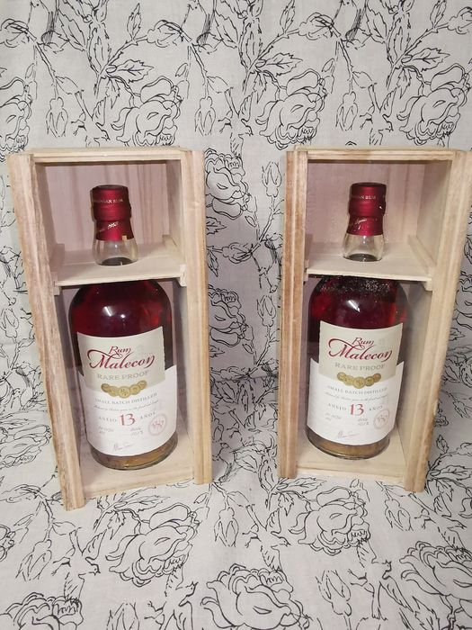 Malecón 2006 13 years old - Small Batch Distilled - b. 2020 - 70cl - 2 bottles
