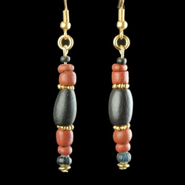 Ancient Roman Glass Earrings with red and black glass beads - (1)