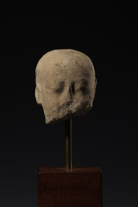 Ancient Egyptian Stone Ptolemaic head of priest - 7.2×6.5×6.5 cm - (1)