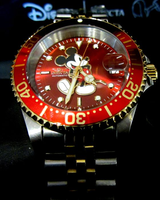 """Disney Invicta Limited Edition 1034 of 5000 - Ltd Ed. Two Tone Red Mickey Mouse - 200Mtrs Automatic Seiko NH35 """"Submariner"""" Divers - Mod Jubilee - Unikat"""