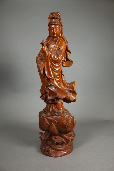 Άγαλμα Guanyin - Fruit wood, Ξύλο - Κίνα - Late 20th century