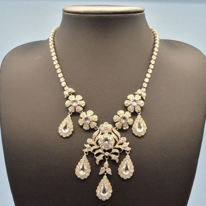 Boxed Baroque Style Clear Crystal Flowers And Bows Drops - Gemischt Stahl - Collier