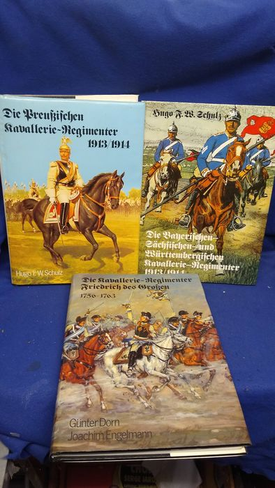Germany - Book, Bundle of books German cavalry uniforms, equipment, many color photos