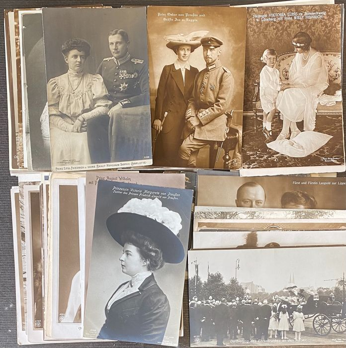 German Empire, Prussia, Emperors and the nobility with families - 100 postcard studio photos