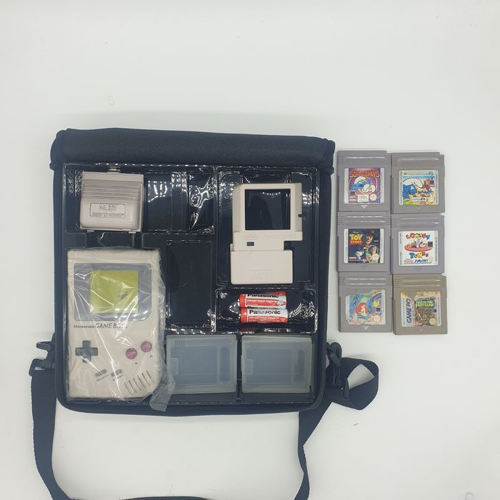 Nintendo DMG-01 1989+Nintendo Limited Edition Carrier Case, +Battery Pack+Magnifier Glass Attachment+4xAA - Gameboy Classic +6 games Smurphs, Smurphs Cauche, Turtles Fall of the Footclan, Looney tunes, Toy (4) - En la caja original