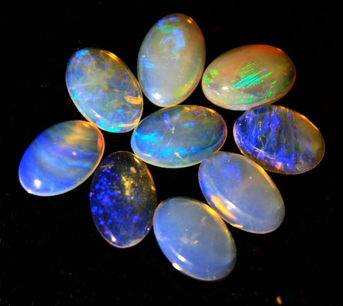 Cts 2.40 Natural Australian Solid Opal - 6×4×2 mm - 0.48 g