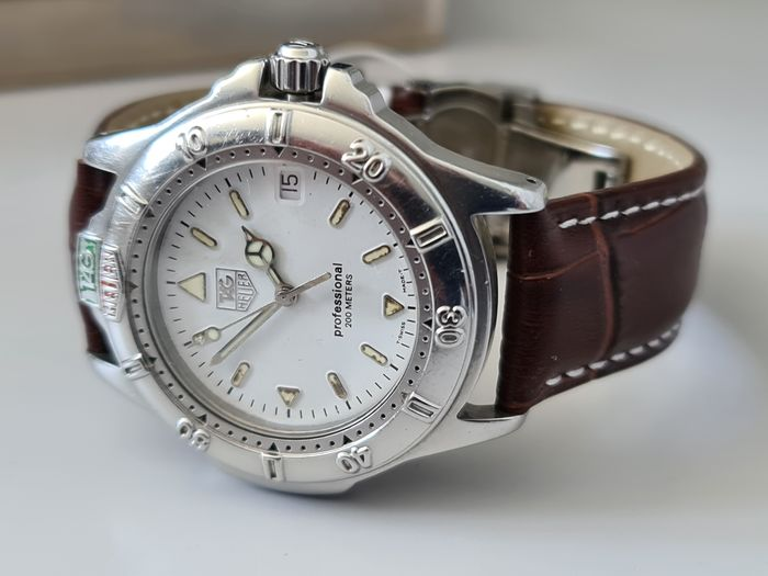 TAG Heuer - 4000 Series Professional 200m - Ref. 999.806A - Hombre - 2000 - 2010