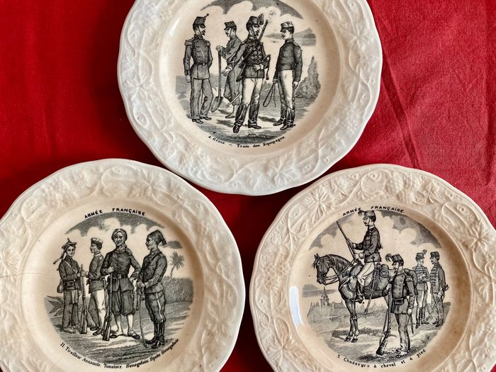 France - Army/Infantry - Lot of 3 Plates, French Army Uniforms, Spahi, Annamite Tirailleur, Horse Hunter - 1880