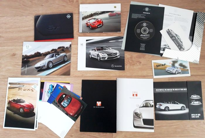 Brochures/catalogues - roadsters / cabrios Mazda, Lotus, Opel, Volvo, Spyker, Yes! and - Mercedes-Benz - After 2000