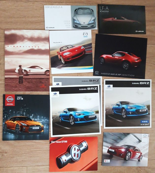 Brochures/catalogues - exclusive Japanese (sports) cars, Honda, Mazda, Subaru, Toyota, Lexus and - Nissan - After 2000