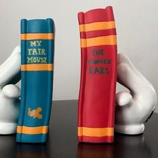 2 Bookends - Mickey Mouse Gloves