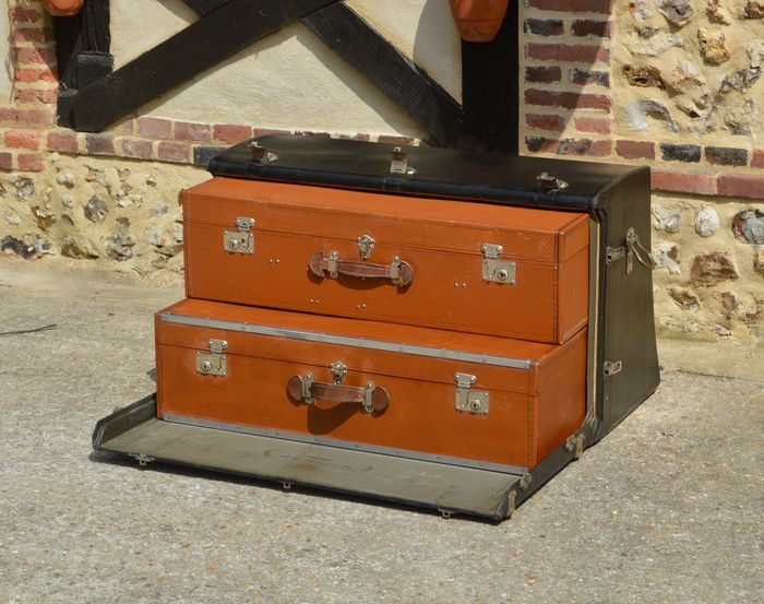 Other brand - Automobile Trunk