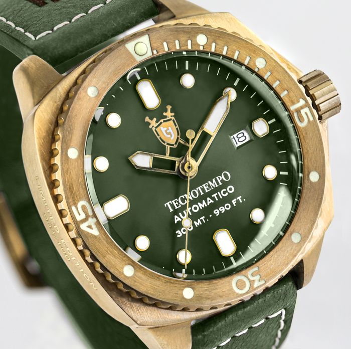 """Tecnotempo - """"NO RESERVE PRICE"""" Bronze 300 Meters WR Special Limited Edition Heraldic Shield - TT.300.BRSCV (Green) - Heren - 2021"""