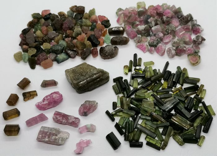 Tourmaline (group of silicate minerals) Rough - 85 g - (310)