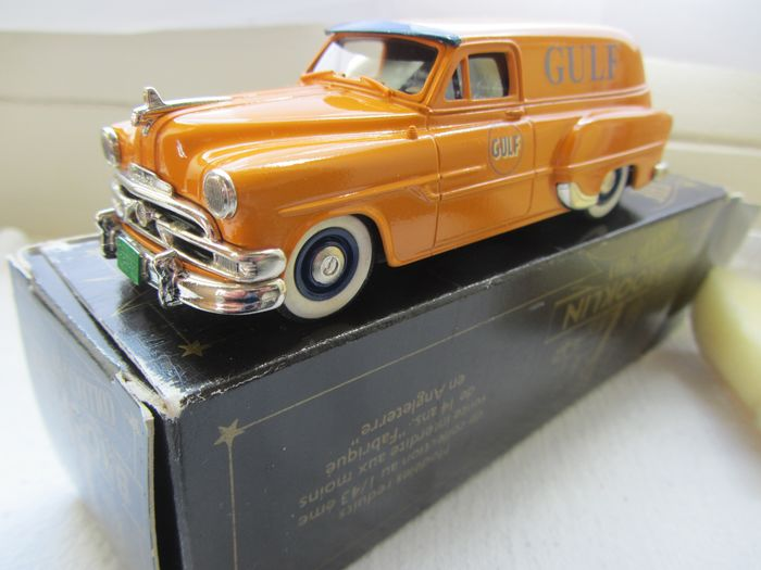 Brooklin - 1:43 - Pontiac sedan delivery Gulf Oil