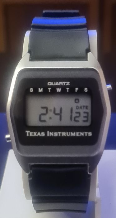 Texas Instruments - Digital LCD Day Date - N.O.S. - Unisex - 1970-1979