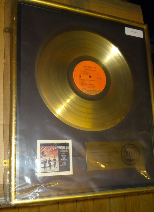 Beatles - Something New Gold Record Disc To John and Paul - Officiële RIAA award - 1964/1964
