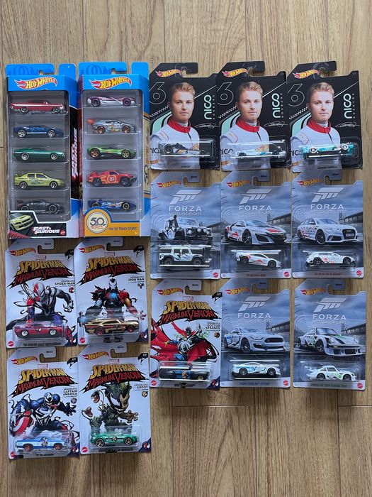 Hot Wheels - 1:64 - 23x different models Nico - Spiderman - other
